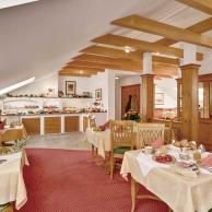 Hotel-Birnbacher-Hof-Fruehstuecksraum